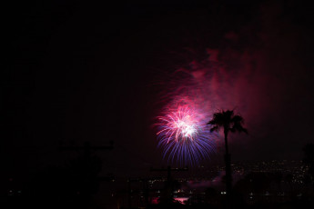 Ocean-Beach-Pier-Fireworks 33