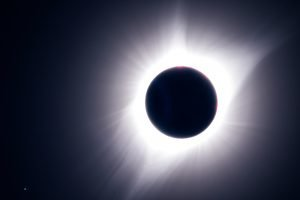 Totality and Regulus